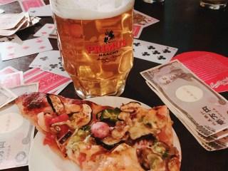 ゲームナイト ピザとビール